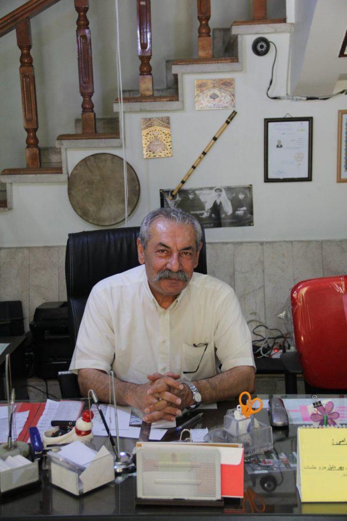 مدیریت محترم آموزشگاه موسیقی ماهور آقای کلاهدوز